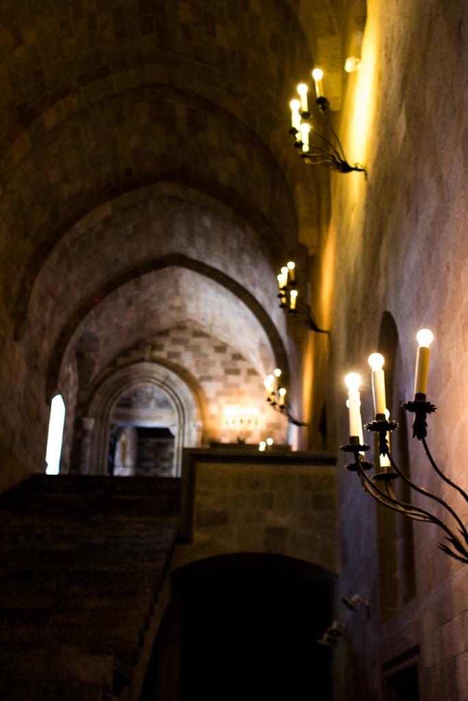 Saray'ın koridorları ve kandiller